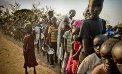 奥巴马下令向南苏丹派兵保护美国人 配战斗装备